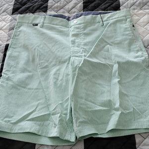 NWT Nike Golf MODERN FIT GREEN stripe shorts 36